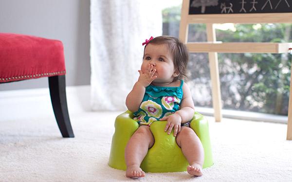 bumbo_babysitter_1